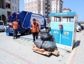 """Başakşehir Belediyesi, """"Atık Nakit"""" projesi ile atıkları para puana dönüştürüyor."""