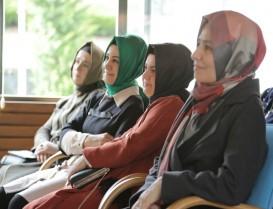 Modacı Rabia Yalçın: Başı örtülüler inancımız açısı dışında estetikte bulmuyorum