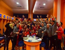 Galatasarayı Başakşehirin Çimlerine Gömdük