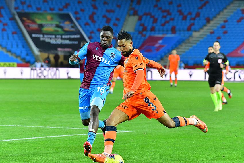 Takımımız, Süper Lig'in 26. haftasında deplasmanda Trabzonspor' ile 1-1 berabere kaldı.