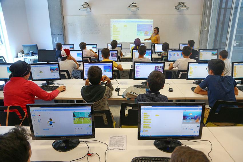 Başakşehir'de çocuklar, kendi dijital oyunlarını kendileri tasarlayabilecek