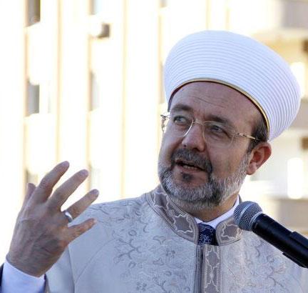 """""""Hiçbir kimse bir başkasını, İslam'ı kendisinin anladığı gibi algılayıp yaşamadığından ötürü tekfir edemez."""""""