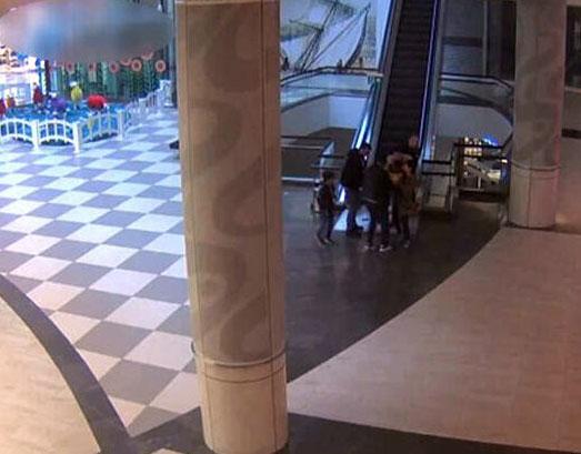 Yürüyen merdiven dehşetine 200 bin liralık tazminat davası