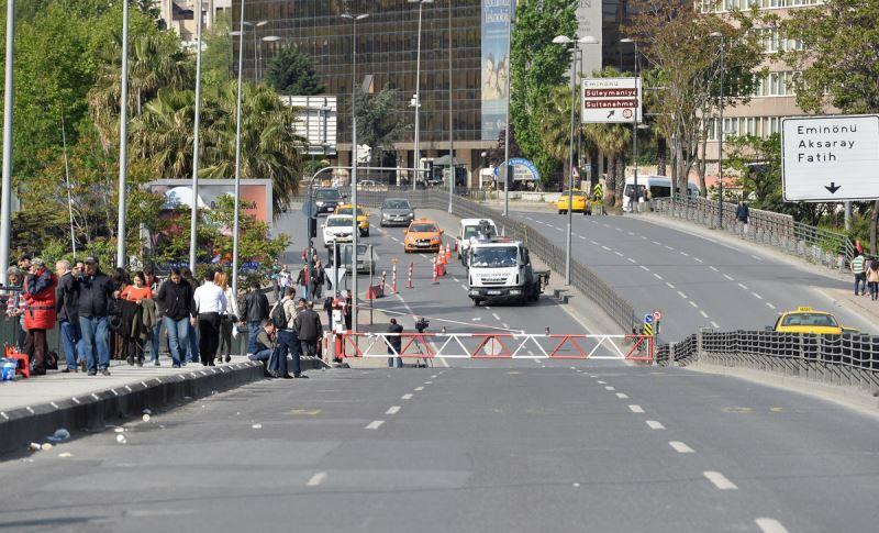İstanbul'da 8 Mart Dünya Kadınlar Günü etkinlikleri kapsamında yarın bazı yollar trafiğe kapatılacak.