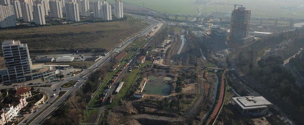 Danıştay Dur Diyor, Bahçeşehir Gölet İnşaatı Devam Ediyor