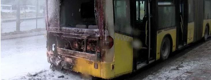 Başakşehir'de İETT otobüsünde yangın çıktı