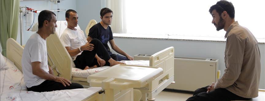 İsrail'in yaraladığı Filistinliler Başakşehir'de tedavi görüyor