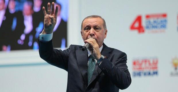 Cumhurbaşkanı Erdoğan, AK Parti Başakşehir İlçe kongresinde katıldı