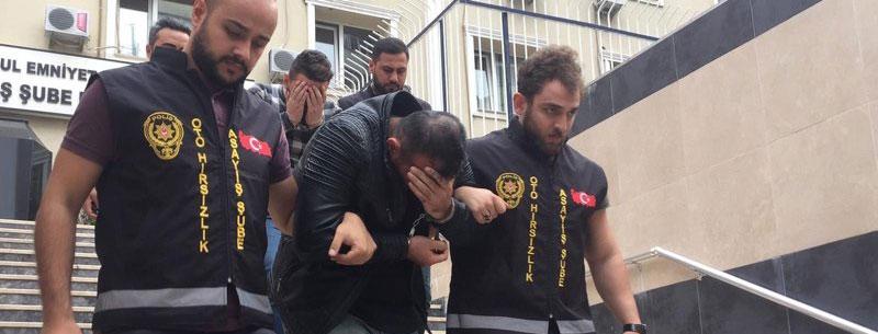 Başakşehir'de Çaldıkları Otomobilleri Parçalayarak Yedek Parça Olarak Satan Şebeke Yakalandı