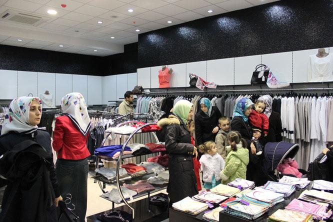 4e94b46debfa7 En Hesaplı Tesettür Giyim Mağazası Kapılarını Açtı